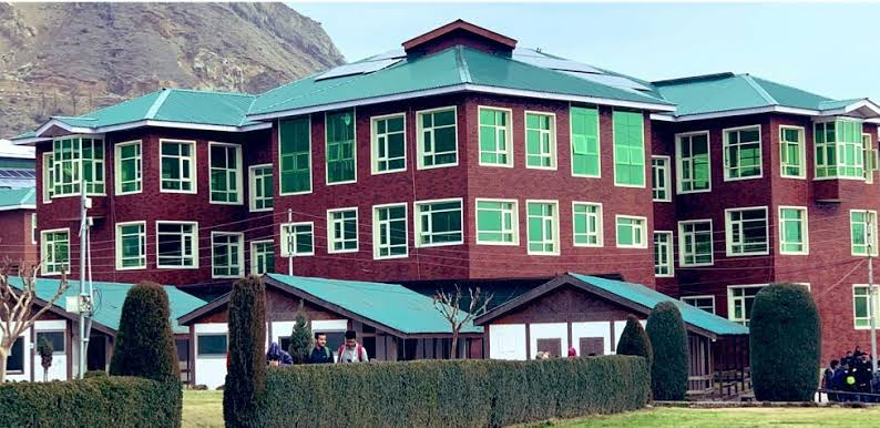 IUST becomes first University in J&K to go live on Digilocker NAD