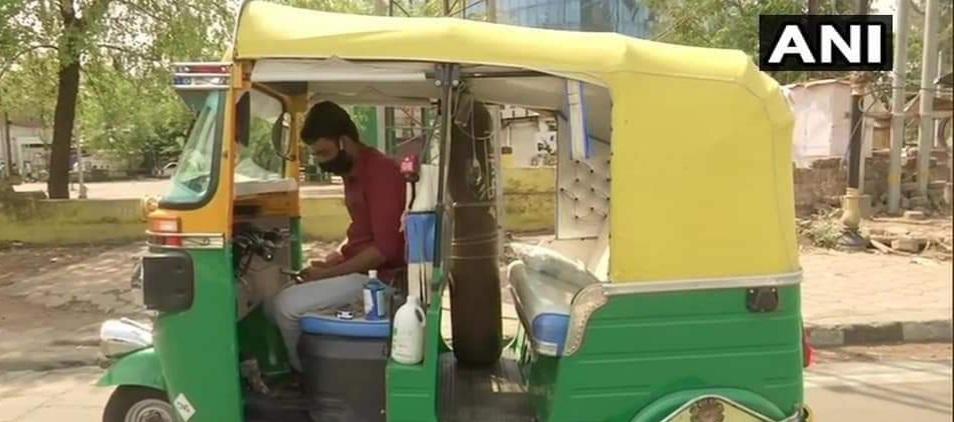 Muslim man sold wife's jewellery, turns his auto rickshaw into an ambulance